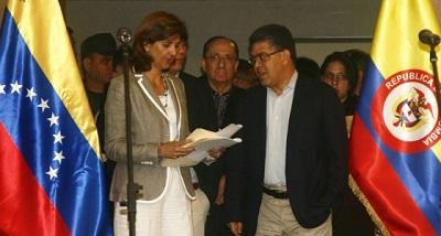 Holguín y Jaua.jpg