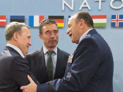 OTAN absorbe Ucrania.jpg