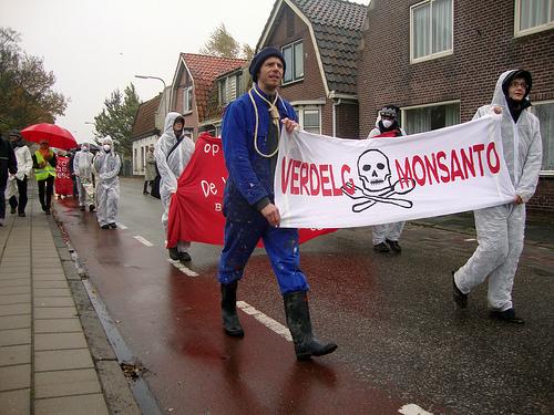 Protesta alemana contra Monsanto.jpg