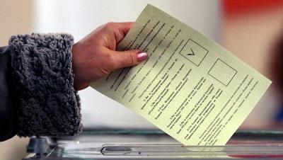 Votaciones en Crimea.jpg